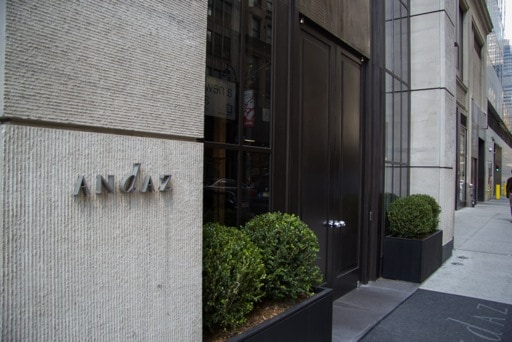 wpid-andaz-fifth-avenue-hotel-hyatt-review-supernovawife-18-2013-11-17-22-00.jpg