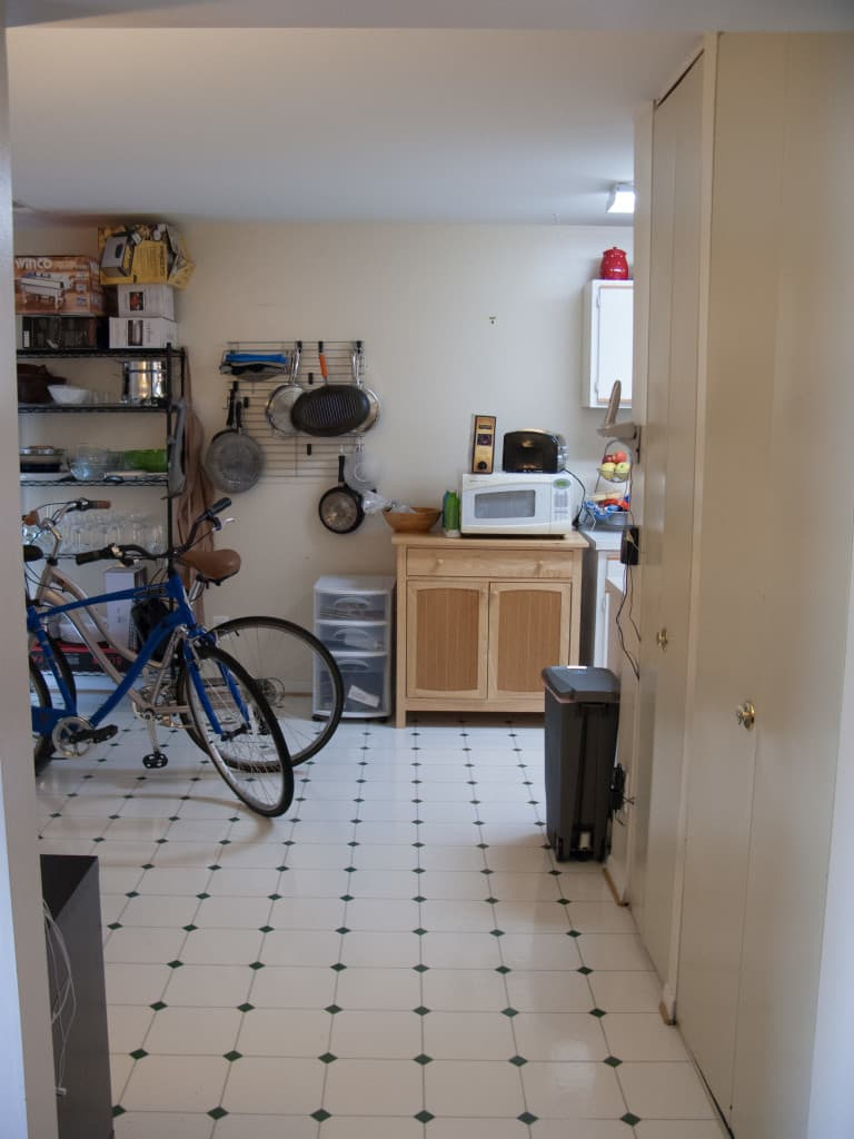 Kitchen entry from hallway before
