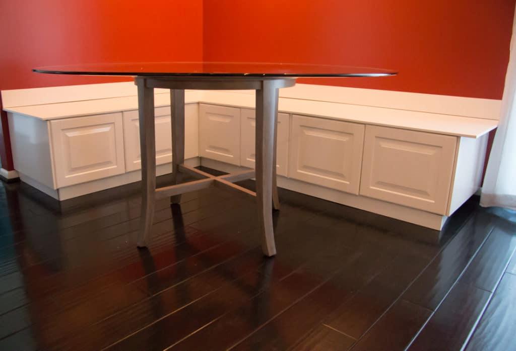 Diy kitchen banquette bench using ikea cabinets ikea hacks - Kitchen banquette ikea ...